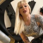 A Harsh Introduction with MissAnnasToilet Blonde Pooping [FullHD]